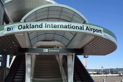 Oakland_Airport_BART_Station